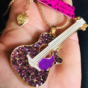 BETSEY JOHNSON~ Large Guitar Necklac